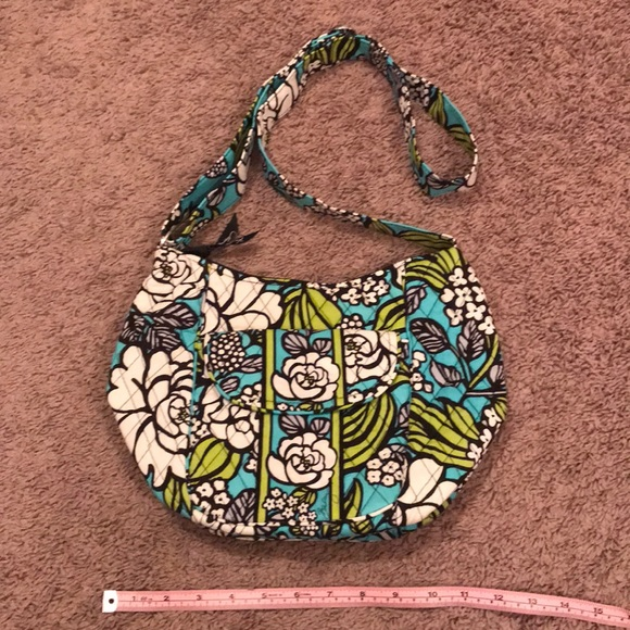 654f70cc90 Vera Bradley teal island bloom shoulder bag. M 5a2712692de51268980064cc