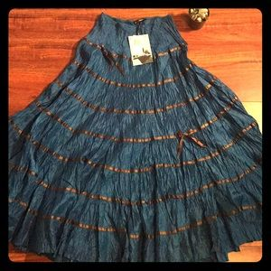 NWT Betsey Johnson Long Crimped Blue Skirt Size 2