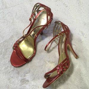 Nicole Miller Rolan Size 7B red heels