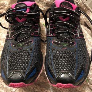 8860bc423db73 Brooks Shoes - Brooks Glycerin 12 Ultimate Ride SZ 9 Running Shoe