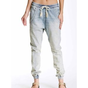 One Teaspoon Super Trackies Relaxed Leg Jeans