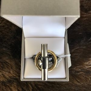 NWT Toggel tri-color ring - size 7  Reed Jewelers