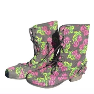 Betsey Johnson Tin Can Rose Boots