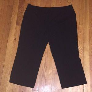 New York & Company Black Cropped Dress Pants - 16