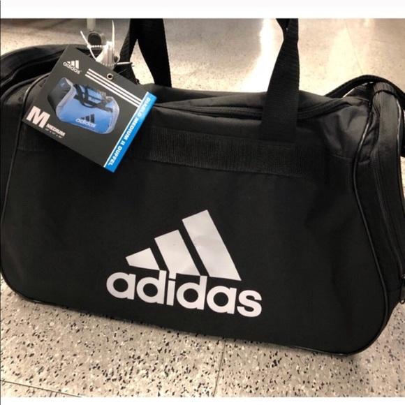 Adidas Gym Bag medium duffle Bag Duffel b9f386b6f42f