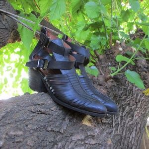 Jeffrey Campbell Stillwell Boots Size 9