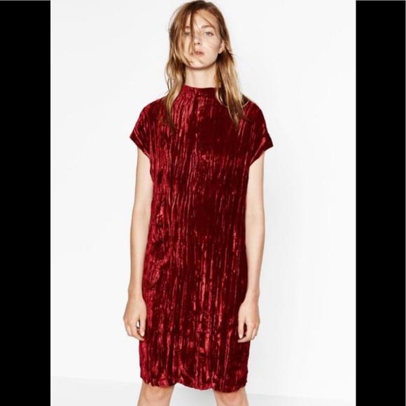 f073f45a Red/Burgundy Crushed Velvet Dress. M_5a2750ab8f0fc47c1b017e25