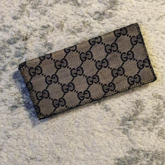9fa0bf527dc1 Gucci Accessories | Gray Canvas Navy Leather Checkbook Case | Poshmark