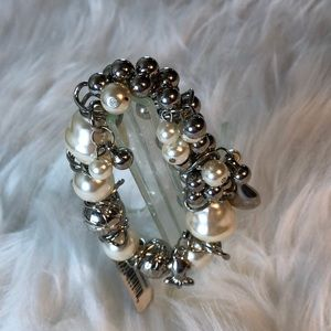 Pearl & Silver charm bracelet