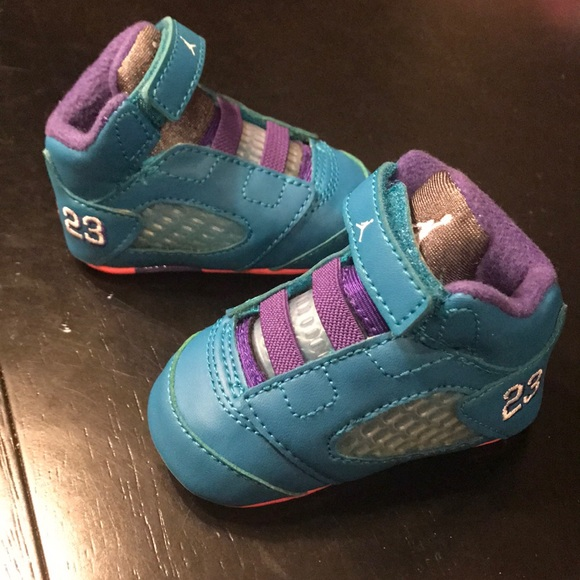 designer fashion fe6c0 6ad9d Baby girl Jordans crib shoes retro 5 1c 1