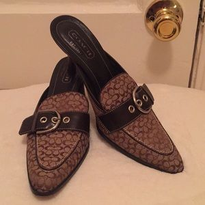 🎉 1 Hour Sale🎉Authentic Coach Mules size 7.5