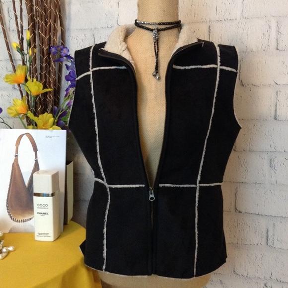 Jackets & Blazers - ⬇️ SUEDE VEST💥