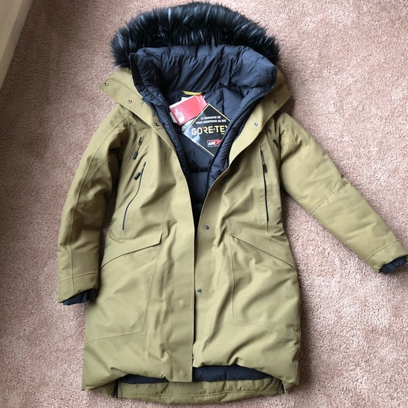 a8e160c20dbf North Face Cryos Expedition GTX Parka - NEW. M 5a276269d14d7bfa6101e965