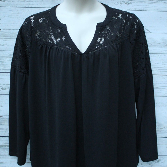 9d1f7df0ac4 Lane Bryant Tops - Lane Bryant Woman s Size 22 24 Black Lace Blouse