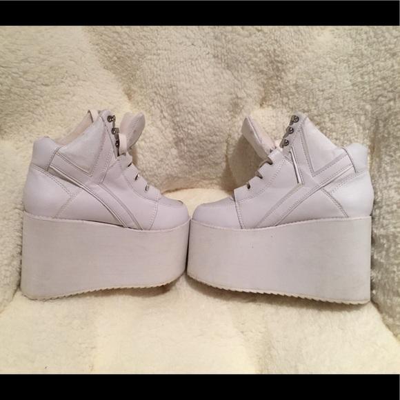 3 inch white platform sneakers