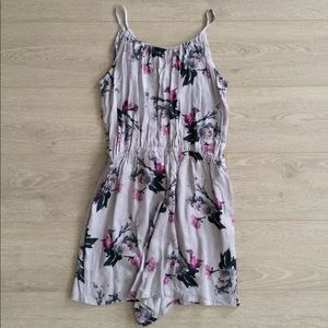 BB Dakota Floral Romper