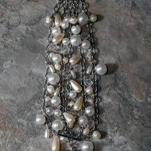 NWOT silver / pearl multi strand bracelet LTDB71nc