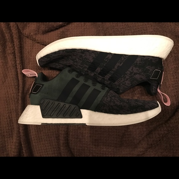 le adidas donne nmd r2 dimensioni 95 poshmark