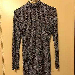 Body con long sleeve ribbed dress