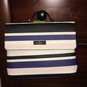 Kate spade Lita make-up bag ♠️