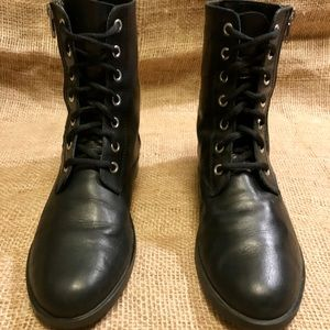Zara black leather boots•38