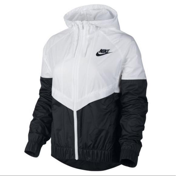 abfeff1532c4 Women s Nike Windrunner. M 5a2795e74e95a3455e02cd70. Other Jackets   Coats  ...