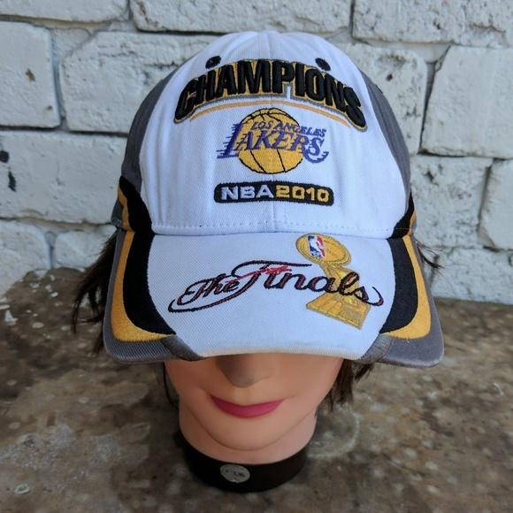 ddf419dcc35 2010 NBA Champion Lakers dad hat. M 5a27a92d981829655502d572