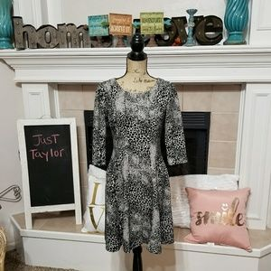 Just Taylor fit and flare size 8