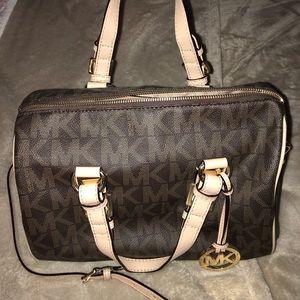 e93c7f9737f29d Michael Kors Bags | Mk 2way Bag | Poshmark