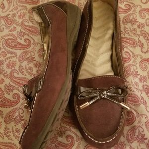 Shoes - Women's brown suede shoes size 9 New