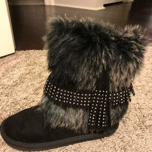 Girls Justice Boots with fur