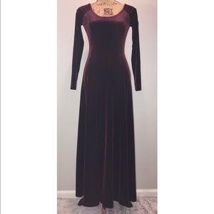Vintage Moda Intl Maroon Velvet maxi dress Xsmall