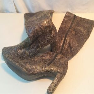Chinese Laundry Brown Snakeskin Zip Up Boots