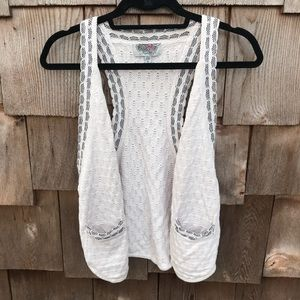 Ecote Urban Outfitters Ivory Knit Open Front Vest