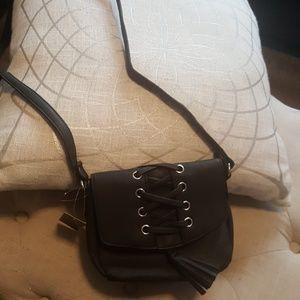 Handbags - NWT Black cross body bag