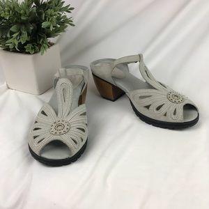 Jambu Memory Foam Sahara Suede Sandals