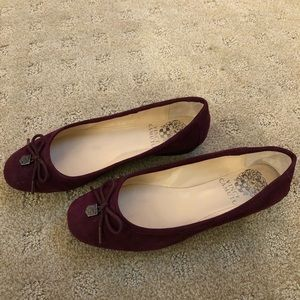 Vince Camuto suede flats - Size 5