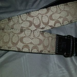 Womens or men Coach belt great condition