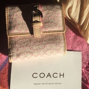 NWT Authentic Coach Signature Wallet