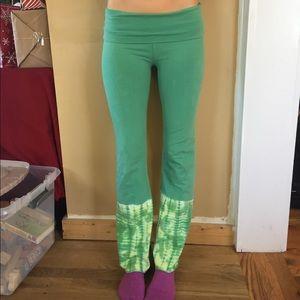 Pants - Green tie dye boho yoga flare pants sz small