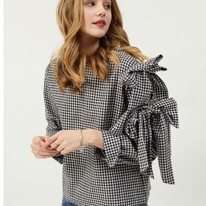 Storets Bow Sleeved Blouse in STRIPE