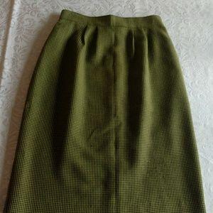 Vintage Chartreuse & Black  Pencil Skirt 2 for 20$