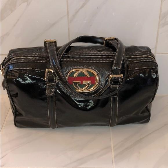 9dc4ace3889 Gucci Handbags - Gucci patent black leather Boston Britt satchel