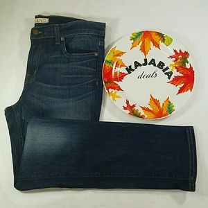 💥NEW LISTING💥J BRAND Jeans. Size 31