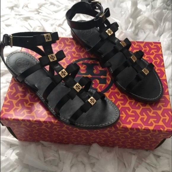 e7a302545d9a Tory burch kira flat sandal black leather. M 5a284d152ba50a6a3e049db7