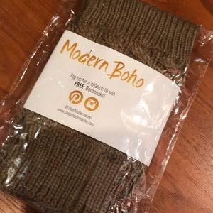 Modern Boho cable knit cuffs - brown NEW