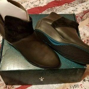 Emu Austrialian Carlise Boots