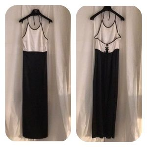 Kay Unger Evening black & white evening gown 8