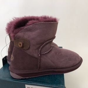 NWT New EMU Purple Boots Suede Wool 6 Alba Mini