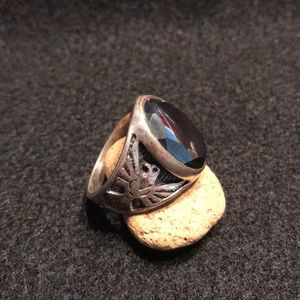 Jewelry - 🎉 SALE Old Pawn Sterling Silver and Hematite Ring